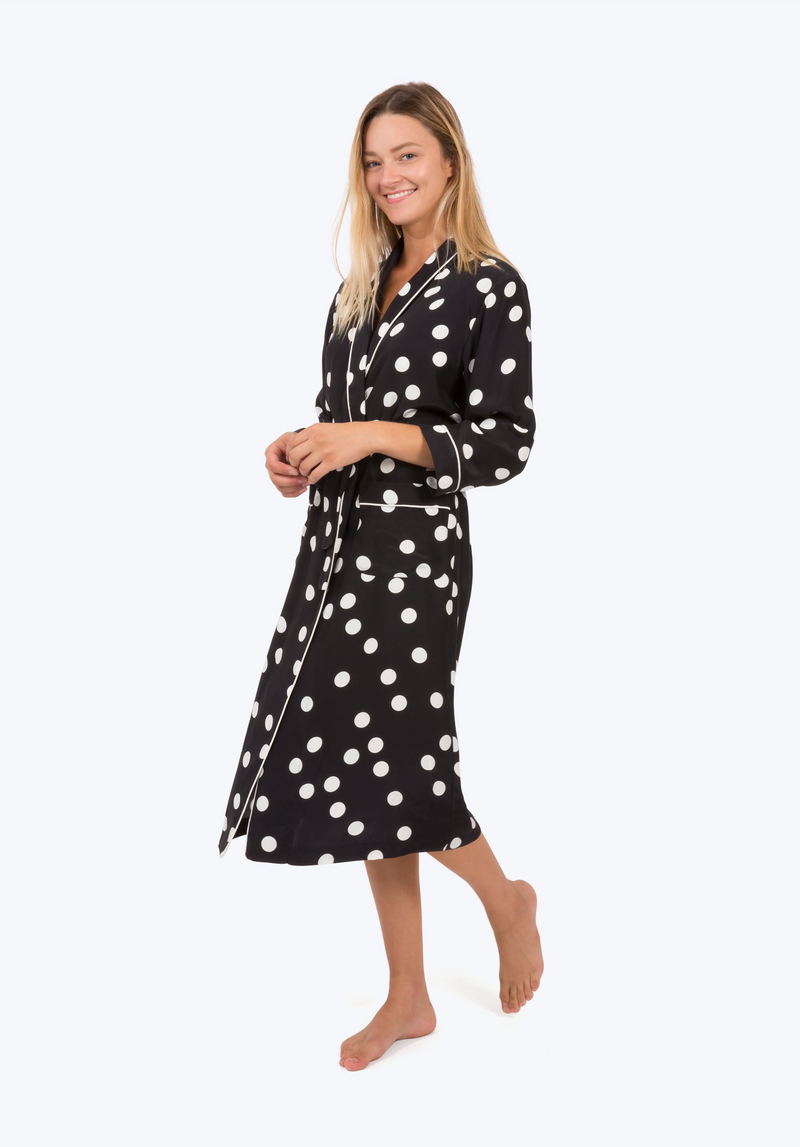 SLEEPY JONES | Silk Marianne Robe in Large Black & White Polka Dot