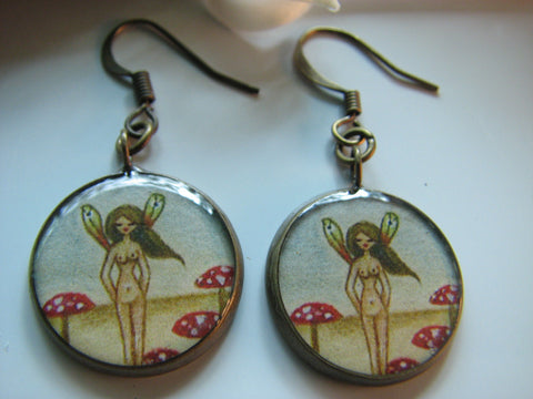 Fairy in Mushroom Patch (Earrings)