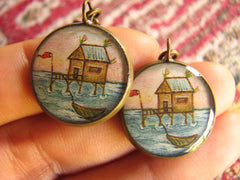 Tahitian House (Earrings)