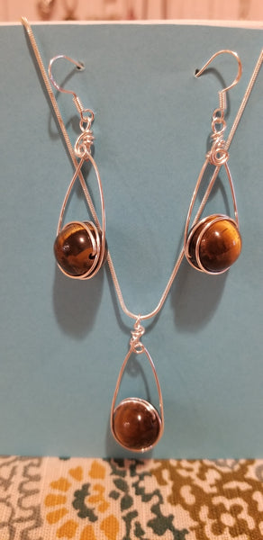 Tiger's Eye TearDrop Pendant Set