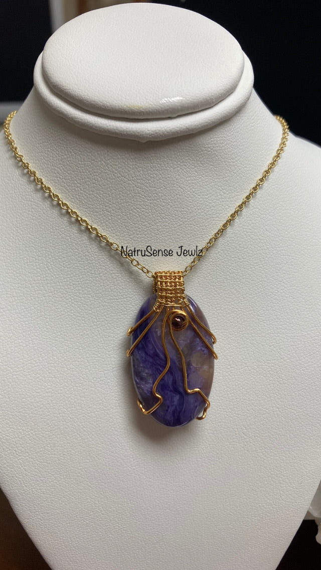 CharioteBliss Pendant Necklace