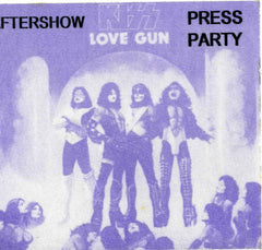 "1977 (UNUSED) ""REPLICA LOVE GUN TOUR SATIN PASS""! MINT!"