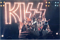 "1985 VERY RARE HTF ORIGINAL U.K. IMPORT 'KISS 4.5"" x 6.5 LIVE GLOSSY COLOR PHOTOCARD No.3! MINT!"