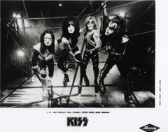 "1996 KISS ORIGINAL ""REUNION GROUP SHOT"" No. 2 B/W PROMOMOTIONAL-ONLY GLOSSY 8"" x 10"" PHOTO! MINT!"