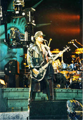 "1992 Austrian Import Revenge Tour ""GENE LIVE ON STAGE IN AUBURN HILLS, MI. 1992 FOR ALIVE III VIDEO SHOOT"" Ver. 1 FULL COLOR GLOSSY PHOTO! MINT!"