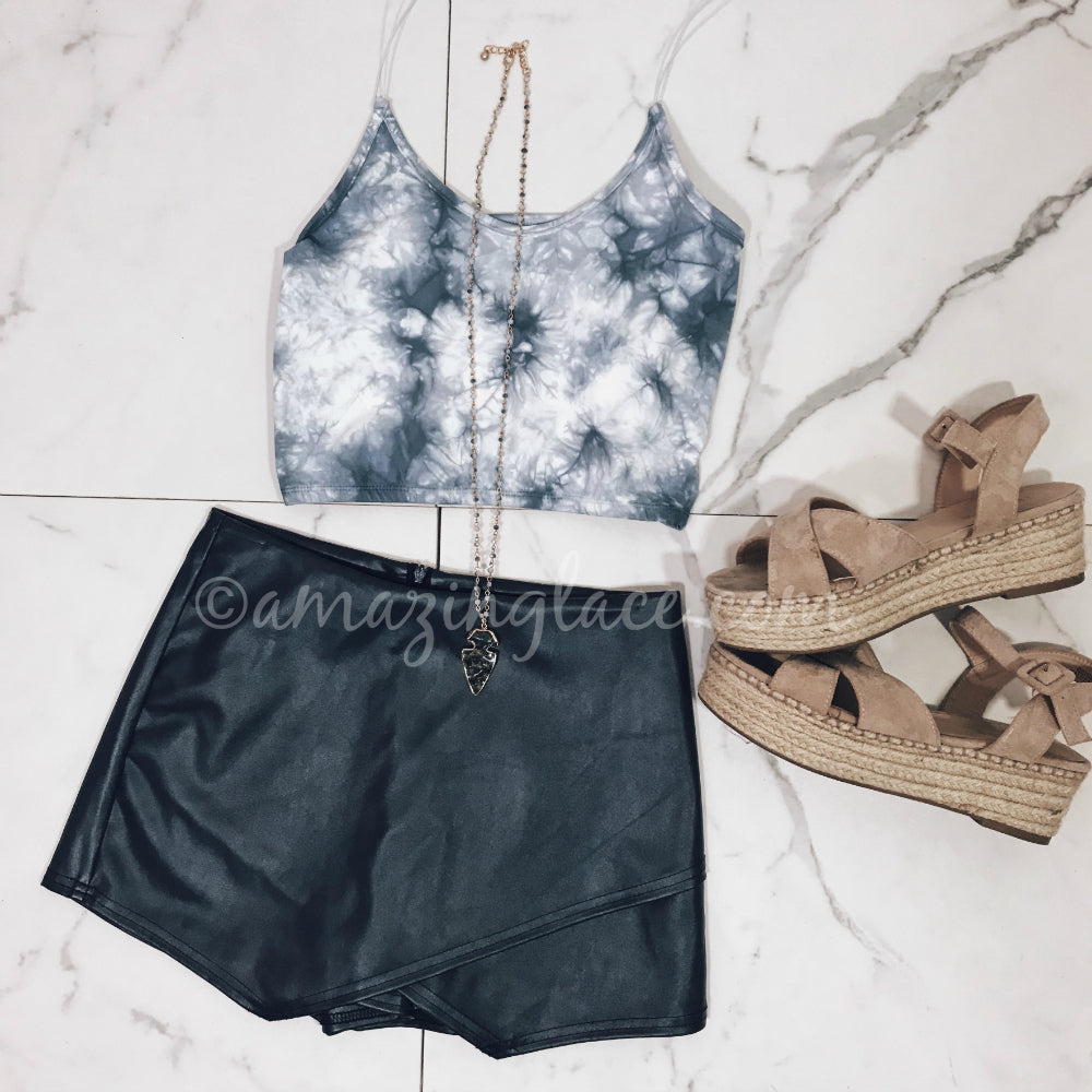 TIE DYE TOP AND NAVY SKORT OUTFIT