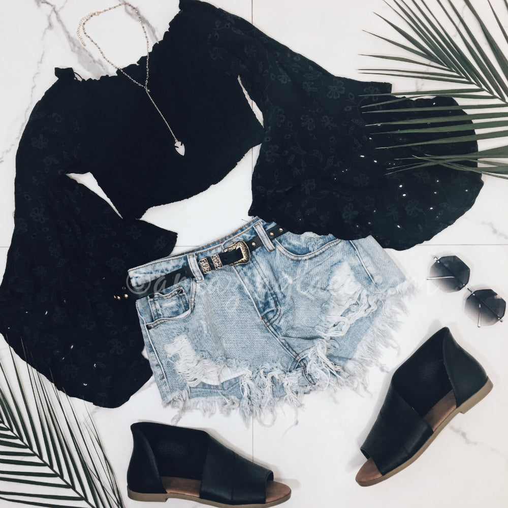 BLACK BELL SLEEVE TOP AND SHORTS OUTFIT
