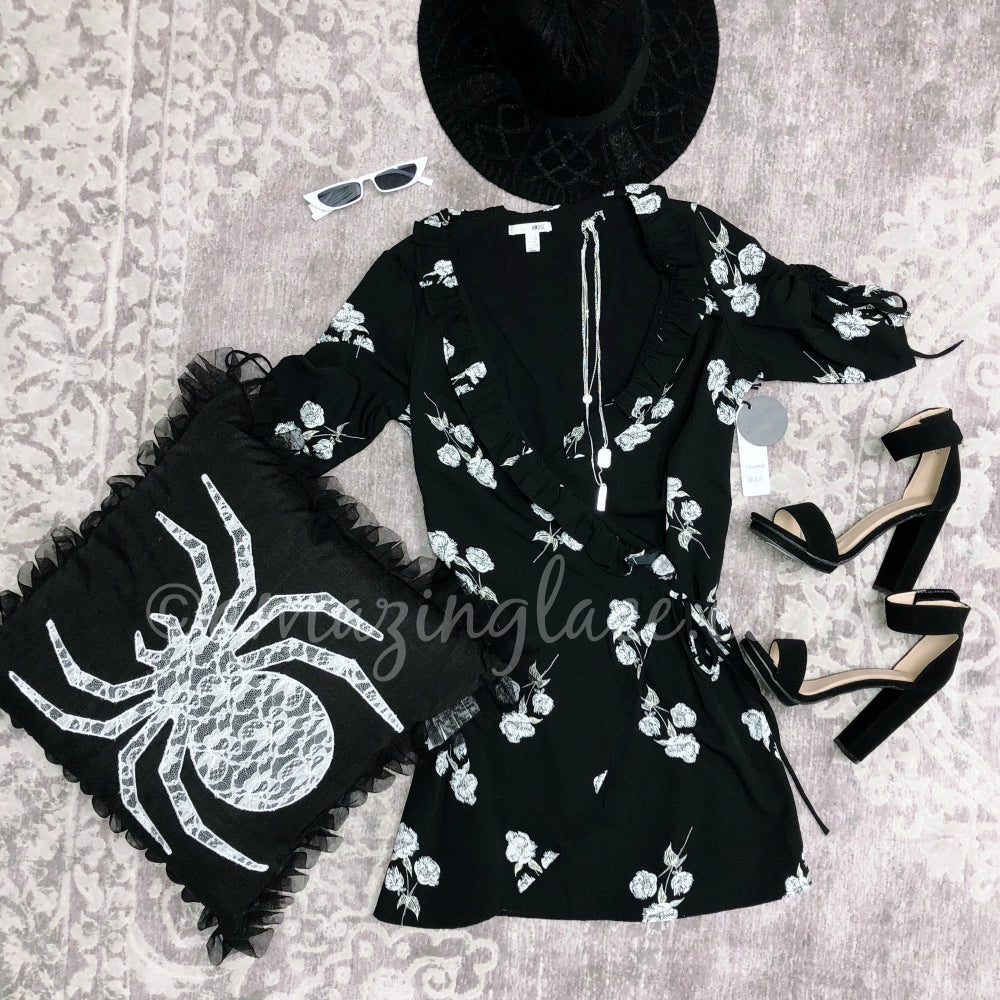 AMUSE SOCIETY BLACK WRAP DRESS AND HEELS OUTFIT