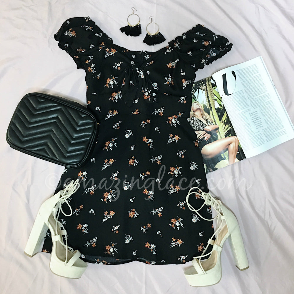 BLACK FLORAL DRESS AND NUDE HEELS OUTFIT