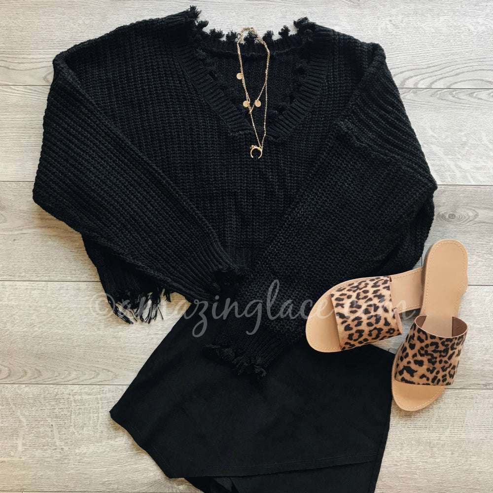 BLACK FRAYED SWEATER AND BLACK SKORT OUTFIT