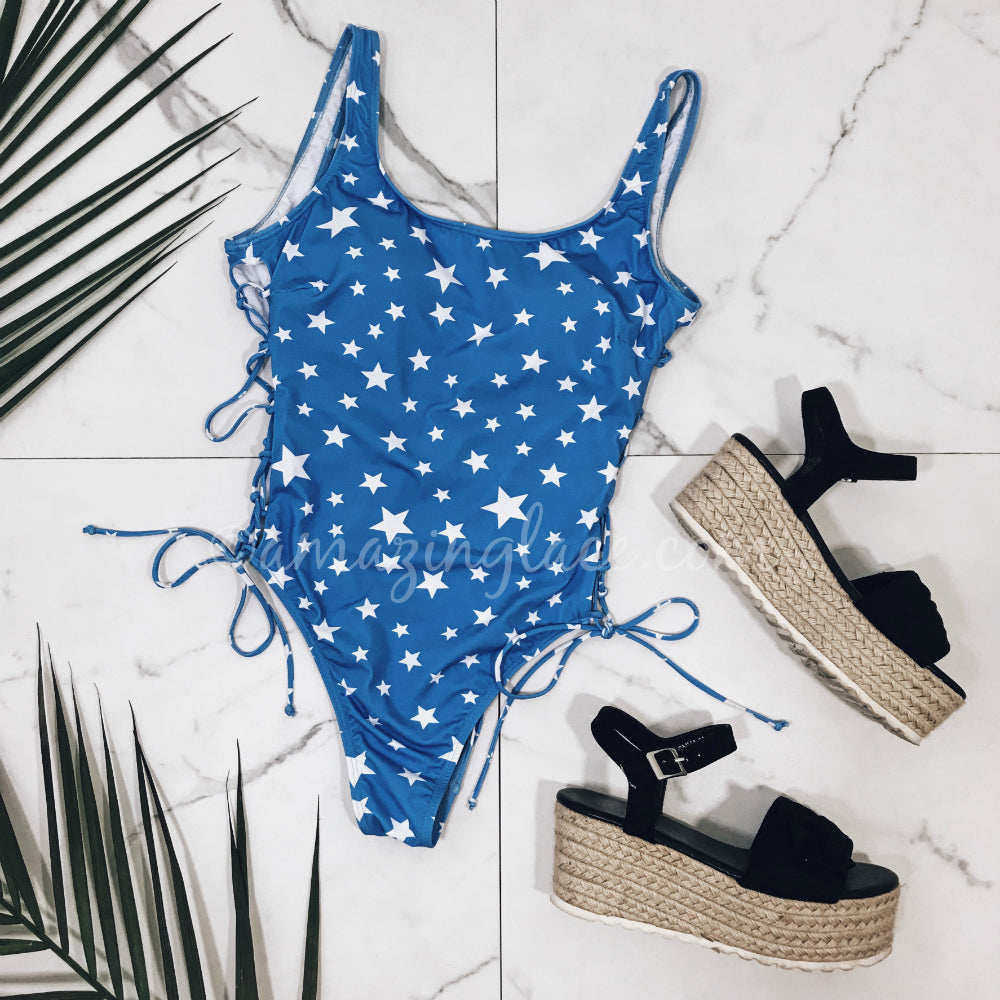 STAR ONE PIECE AND ESPADRILLES OUTFIT
