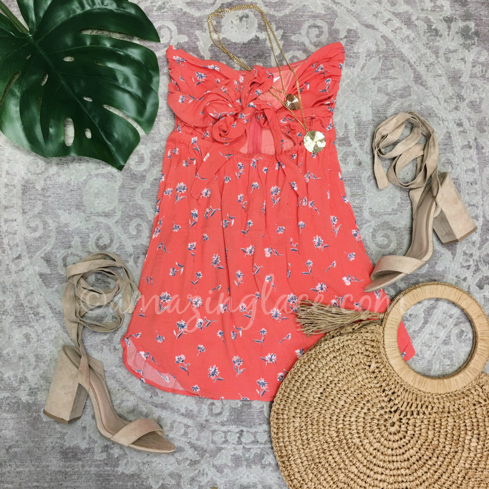 CORAL FLORAL DRESS AND NUDE HEELS OUTFIT