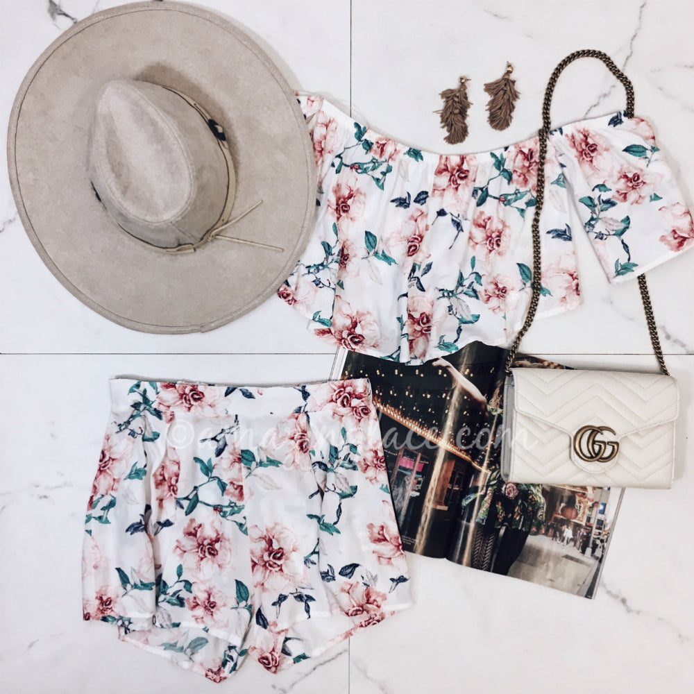 FLORAL SET AND HAT OUTFIT