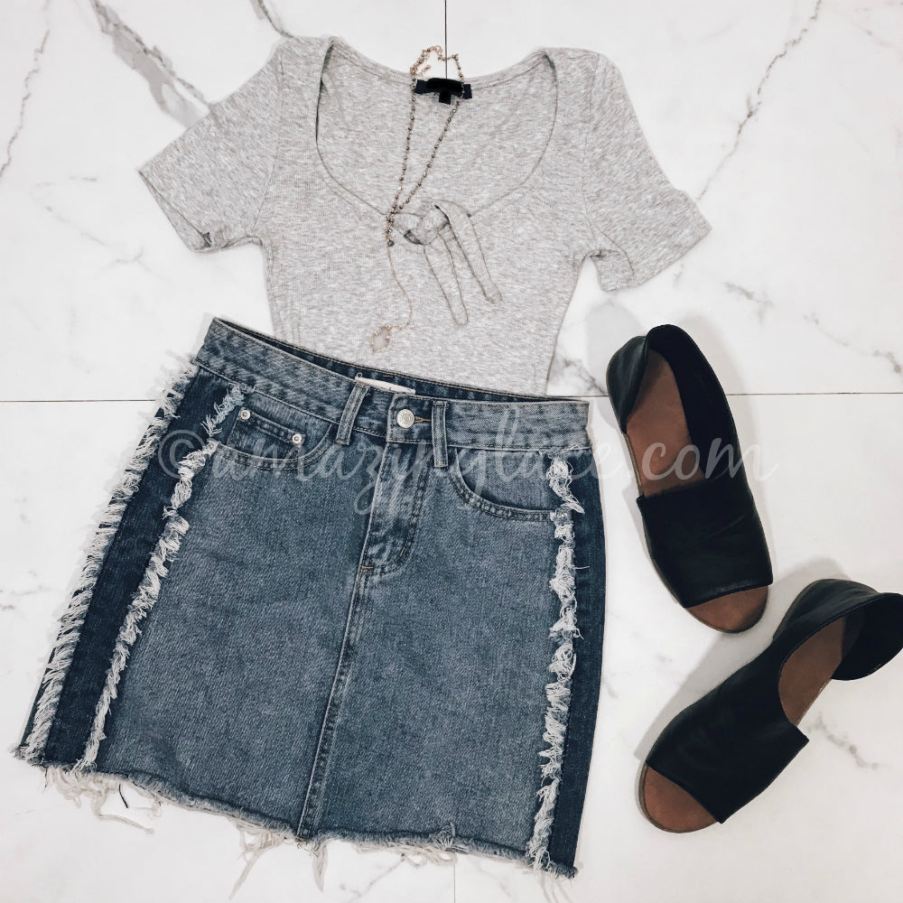 GRAY BODYSUIT AND DENIM SKIRT OUTFIT
