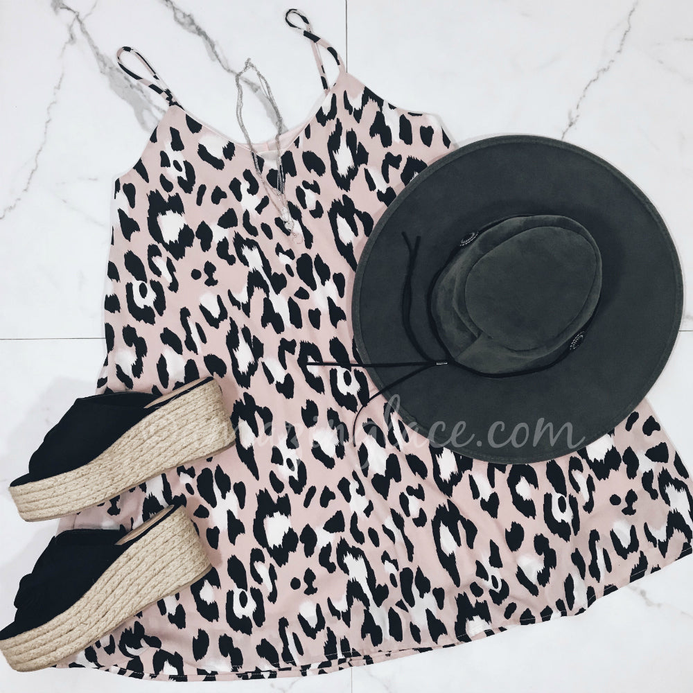LEOPARD DRESS AND ESPADRILLES OUTFIT