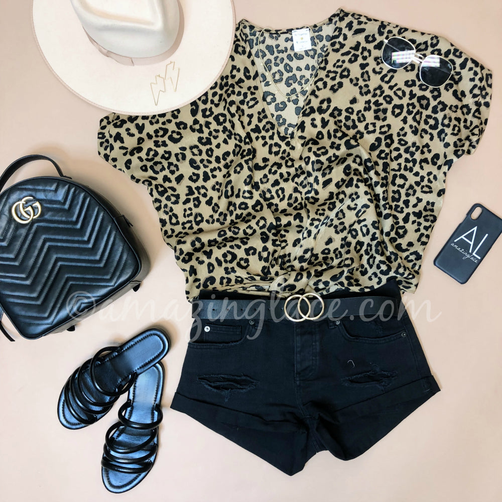 LEOPARD TOP AND BLACK DENIM SHORTS OUTFIT