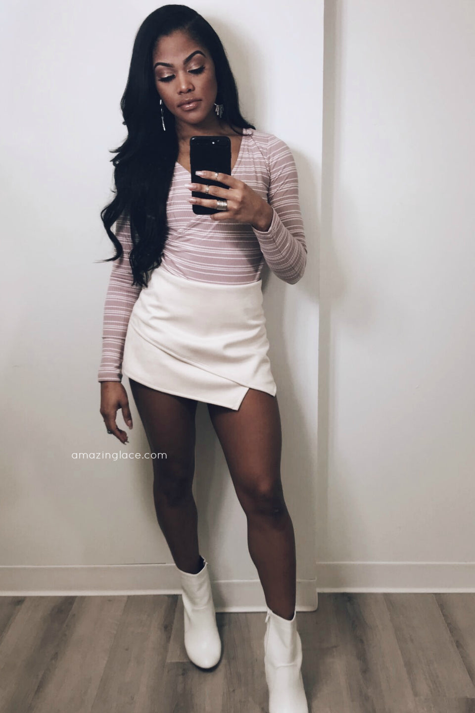 MAUVE BODYSUIT AND IVORY SKORT OUTFIT