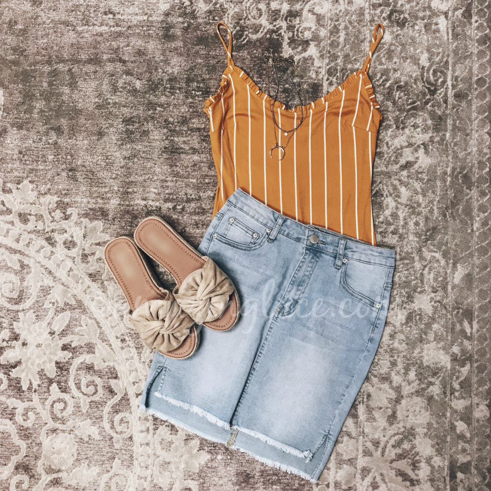 STRIPED MUSTARD BODYSUIT AND DENIM SKIRT OUTFIT