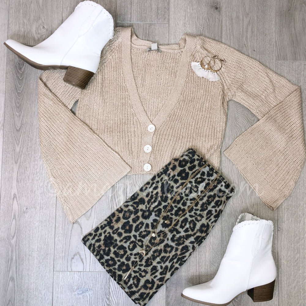 KNIT SWEATER AND LEOPARD FLARES OUTFIT