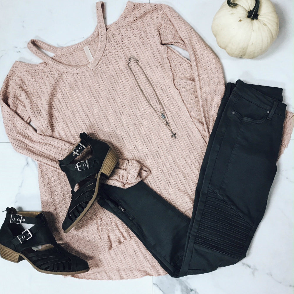 THERMAL COLD SHOULDER OUTFIT