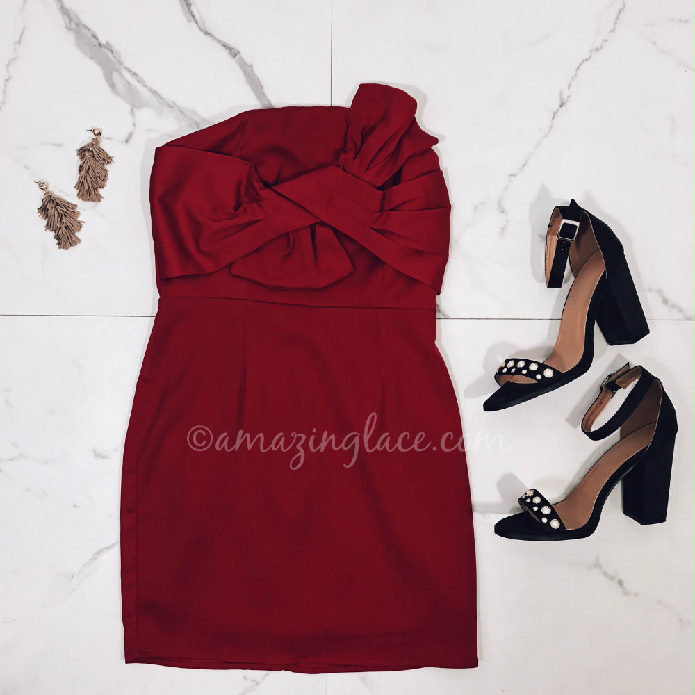 3772fdb8ade6 RED MINI DRESS AND HEELS OUTFIT – Amazing Lace