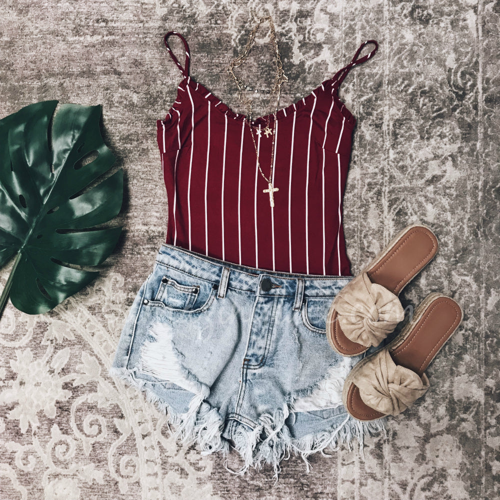 STRIPED BURGUNDY BODYSUIT AND DENIM SHORTS OUTFIT