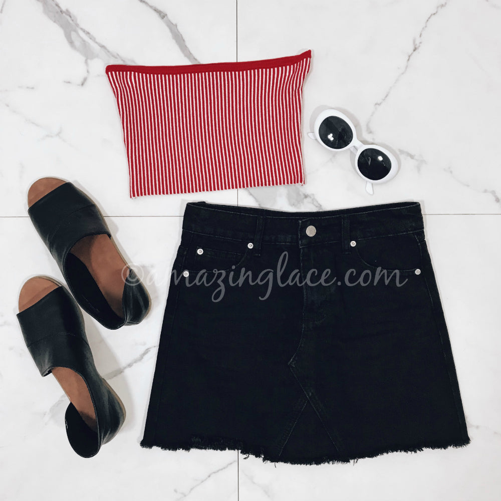 RED TUBE TOP AND BLACK DENIM SKIRT OUTFIT