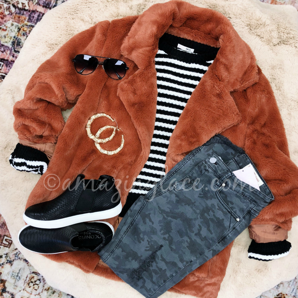 RUST COAT AND AMUSE SOCIETY STRIPED SWEATER OUTFIT