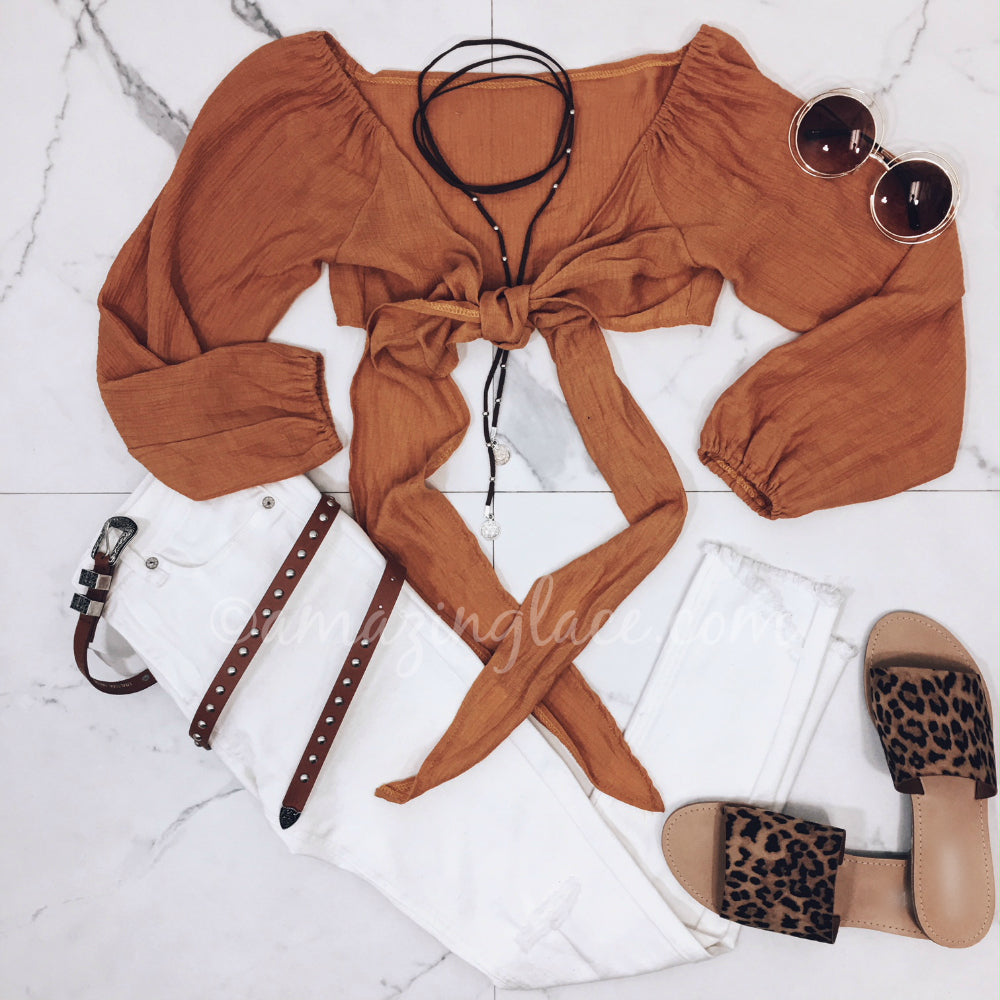 RUST TIE TOP AND WHITE JEANS OUTFIT