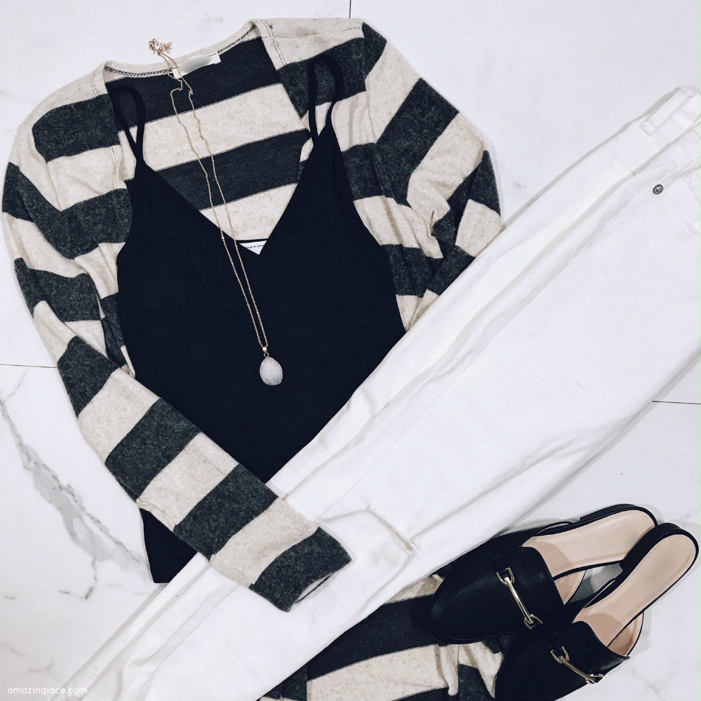 STRIPED CARDIGAN WITH WHITE DENIM OUTFIT
