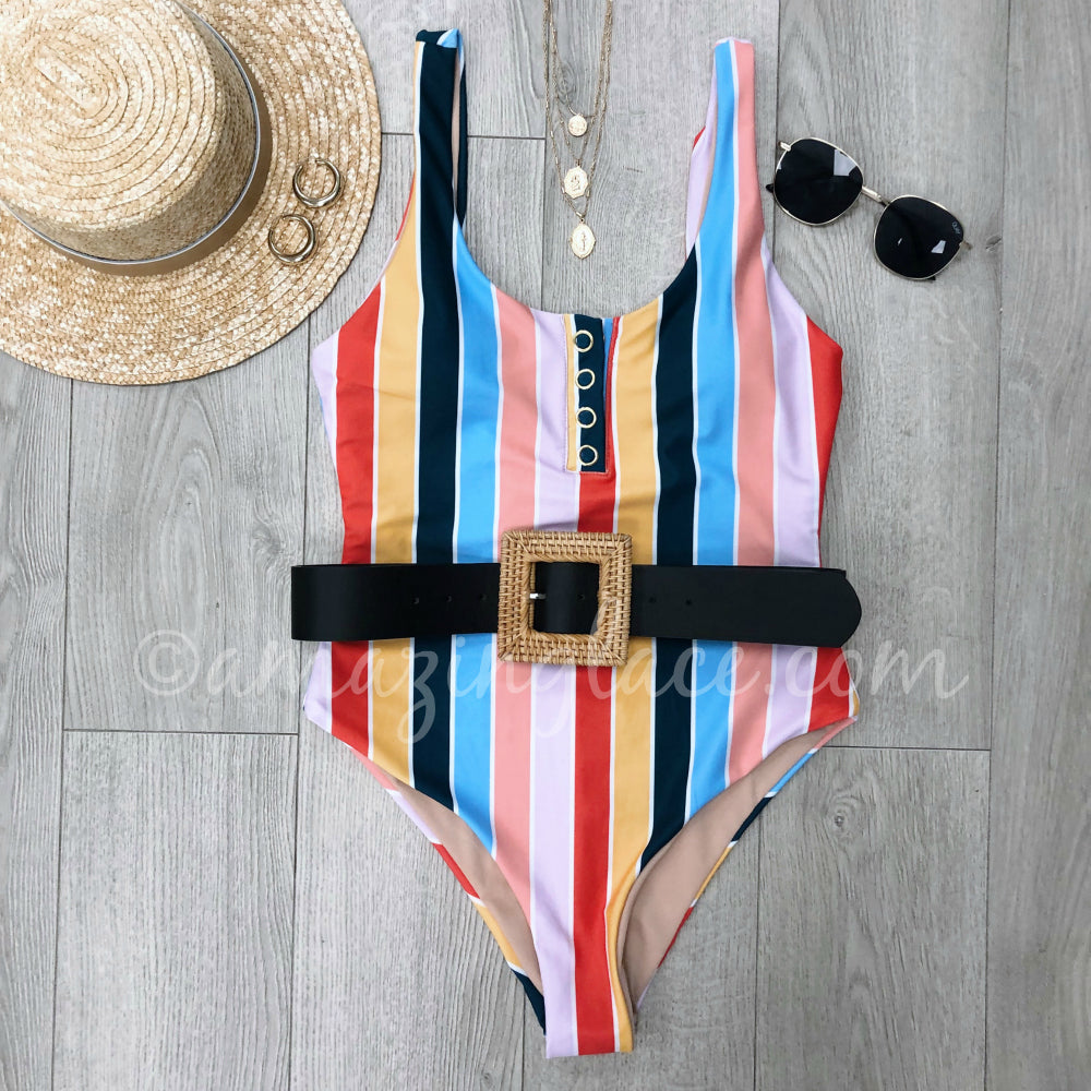 RETRO STRIPED SWIMSUIT AND ACCESSORIES OUTFIT