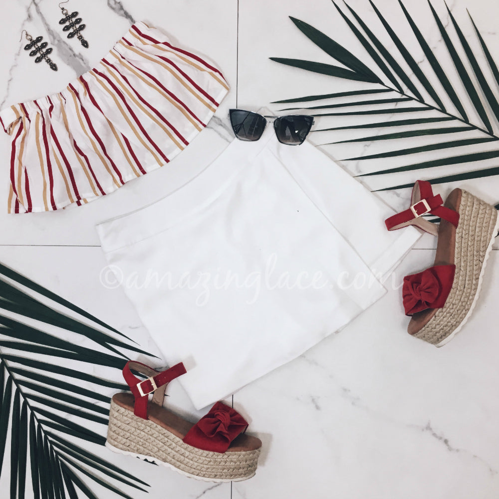 STRIPED TOP AND WHITE SKORT OUTFIT