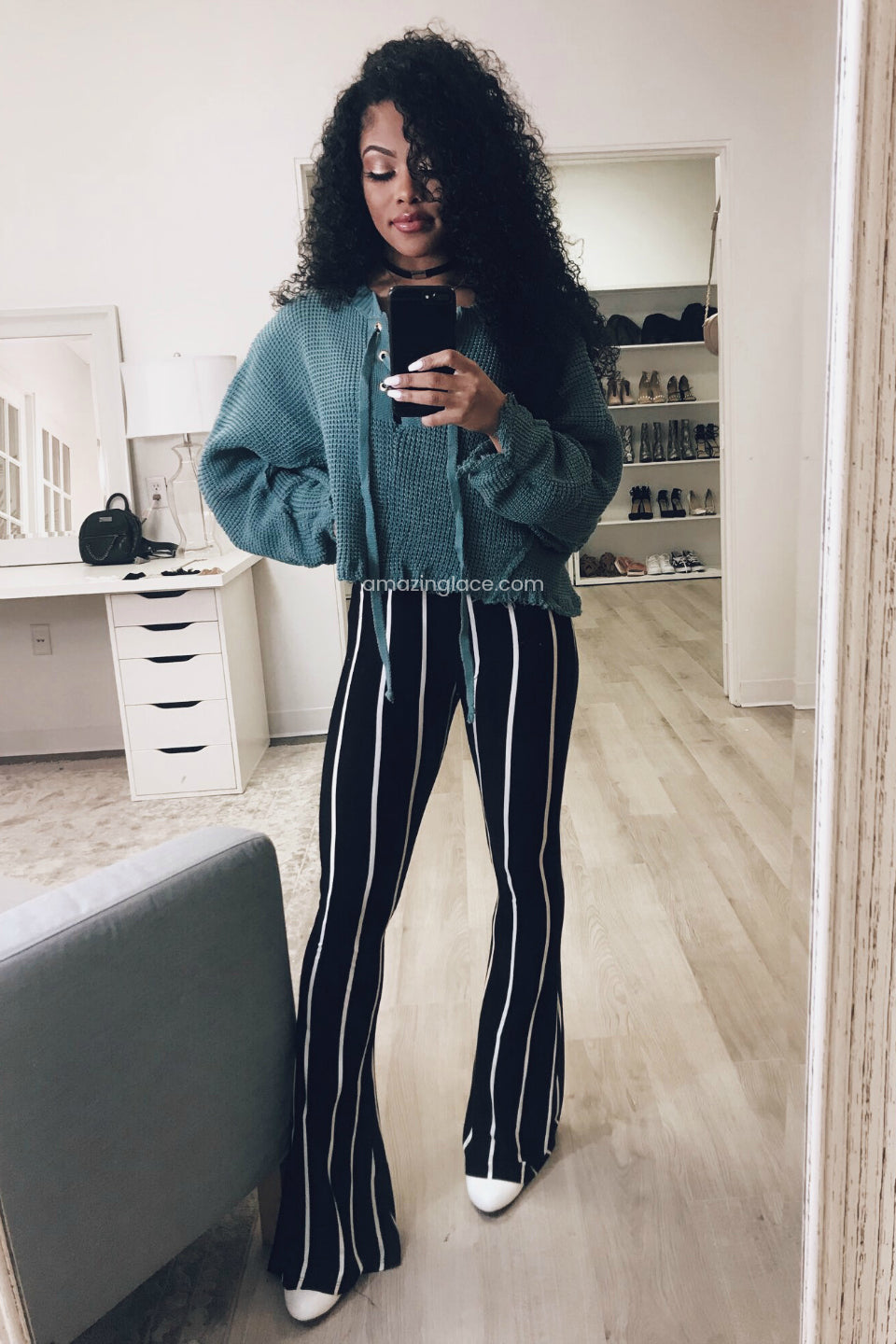 CROPPED SWEATER AND STRIPED PANTS OUTFIT