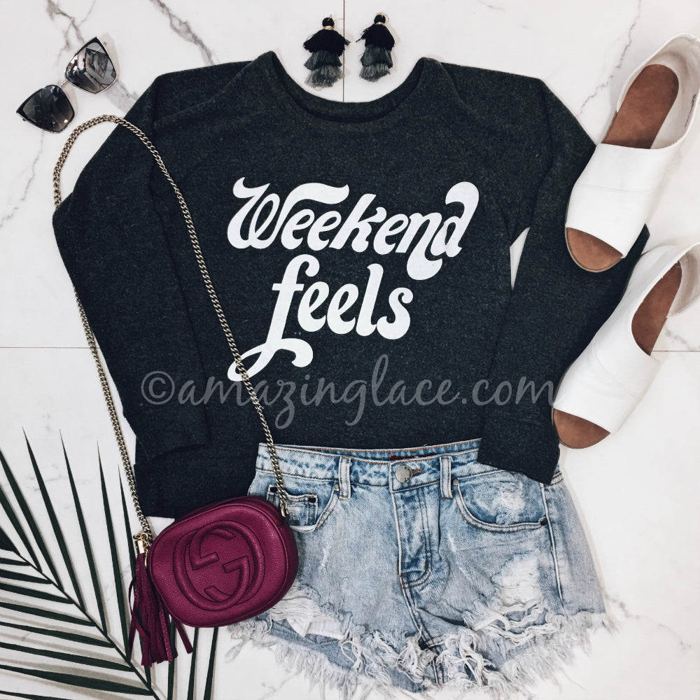 WEEKEND FEELS SWEATER AND SHORTS OUTFIT