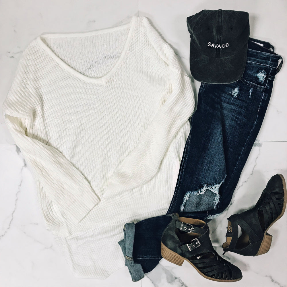 SWEATER AND BOYFRIEND JEANS OUTFIT
