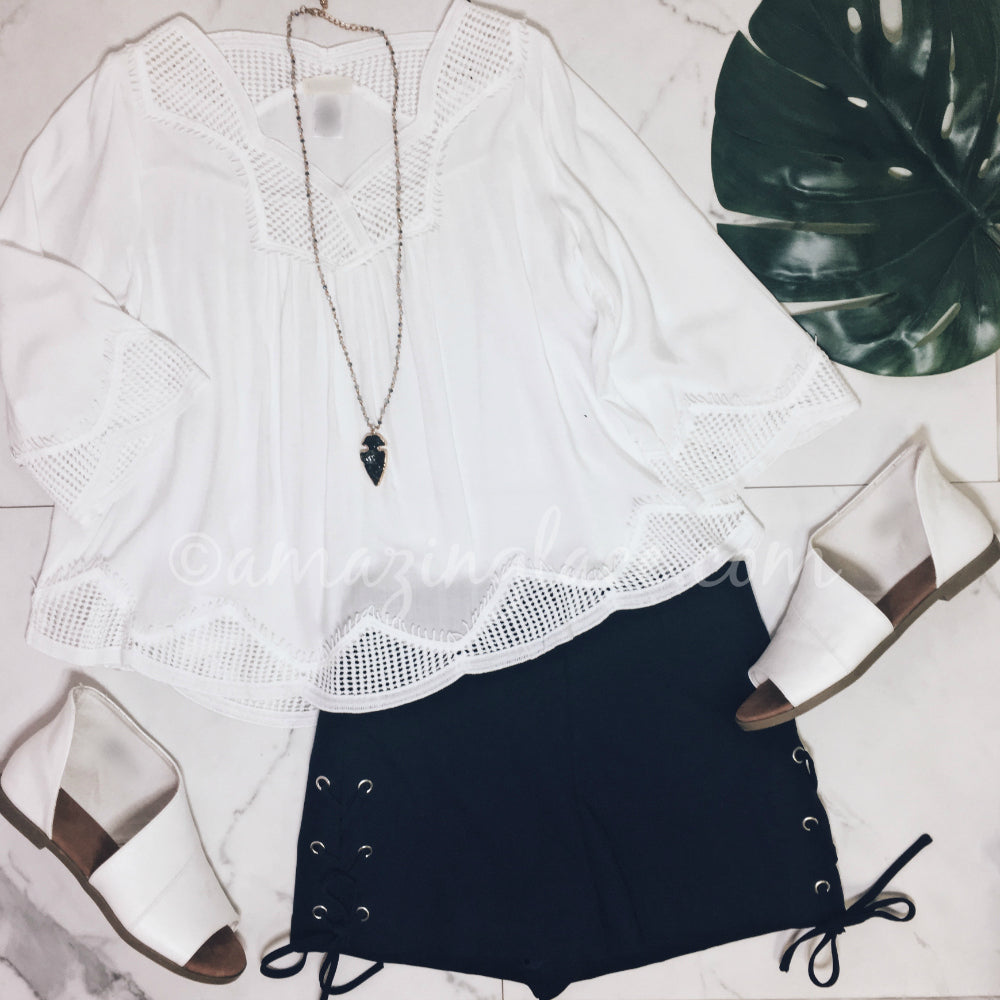 WHITE CROCHET DETAIL TOP AND SHORTS OUTFIT