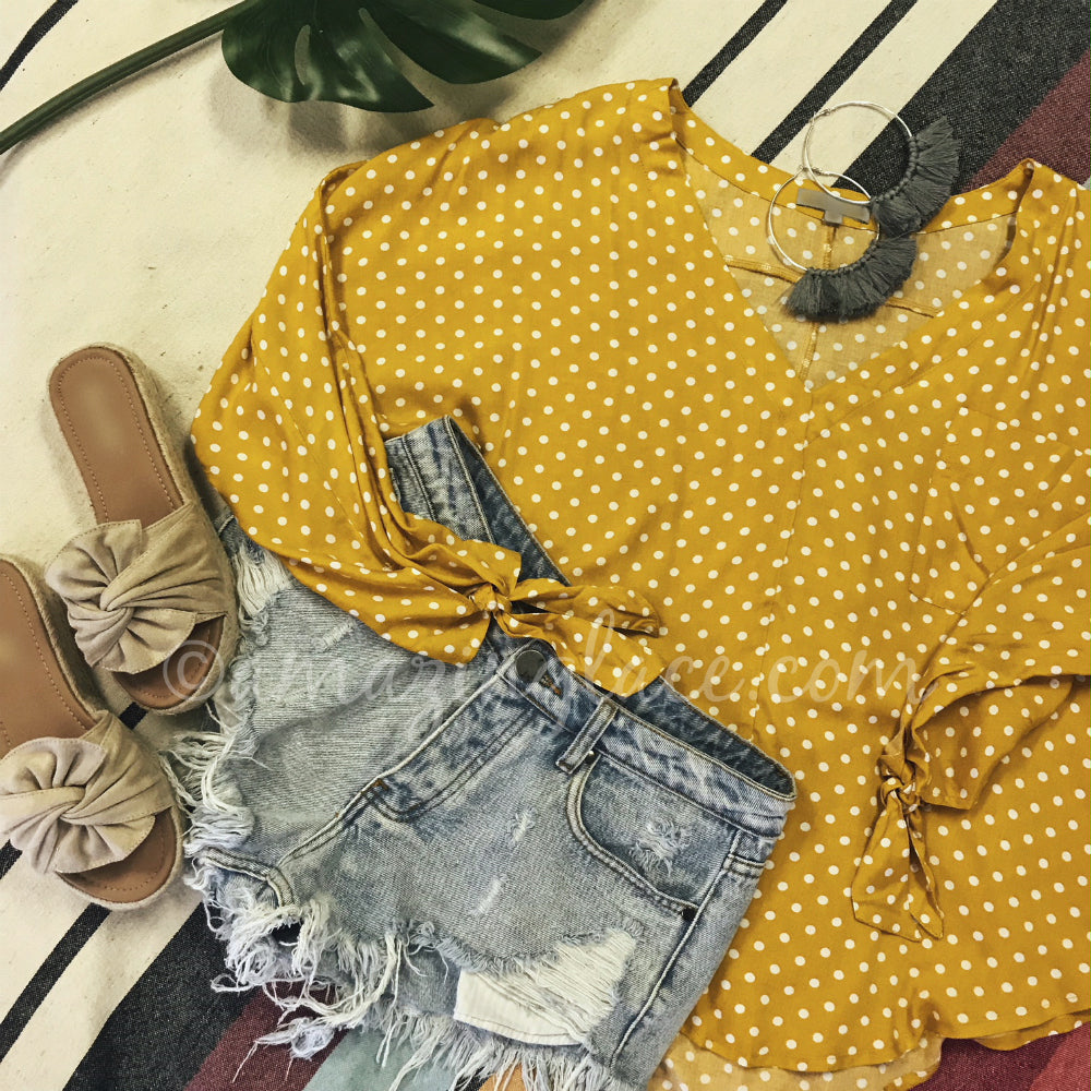 MUSTARD POLKA DOT TOP AND DENIM SHORTS OUTFIT