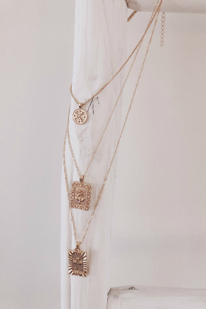 Golden Luxe Trio Rose Layered Necklace