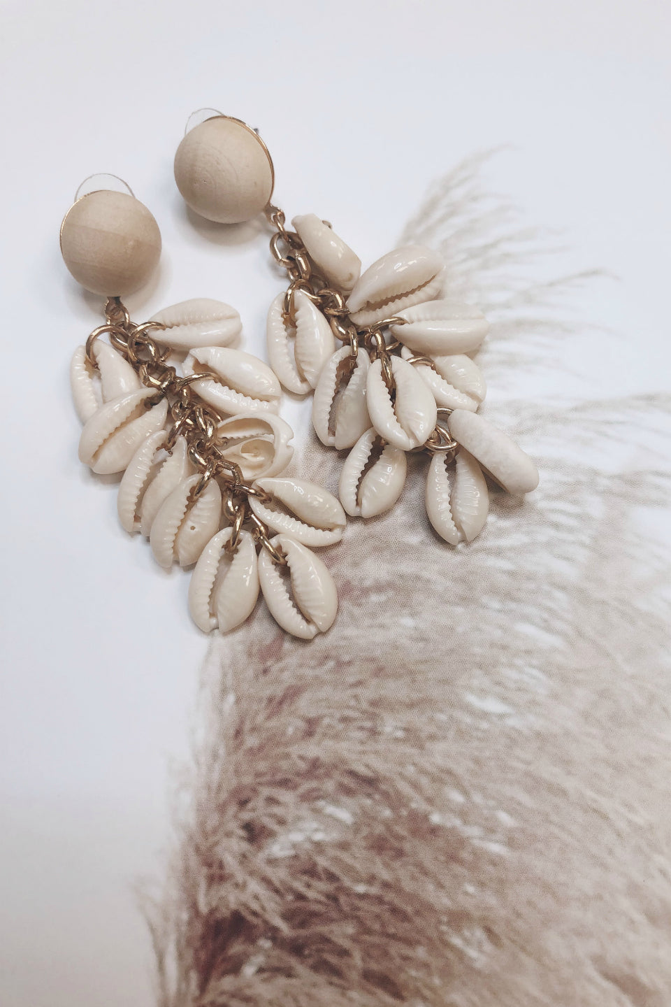 Starlett Seashell Cluster Earrings