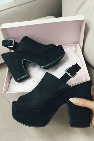CHINESE LAUNDRY Bella Fine Suede Black Heel