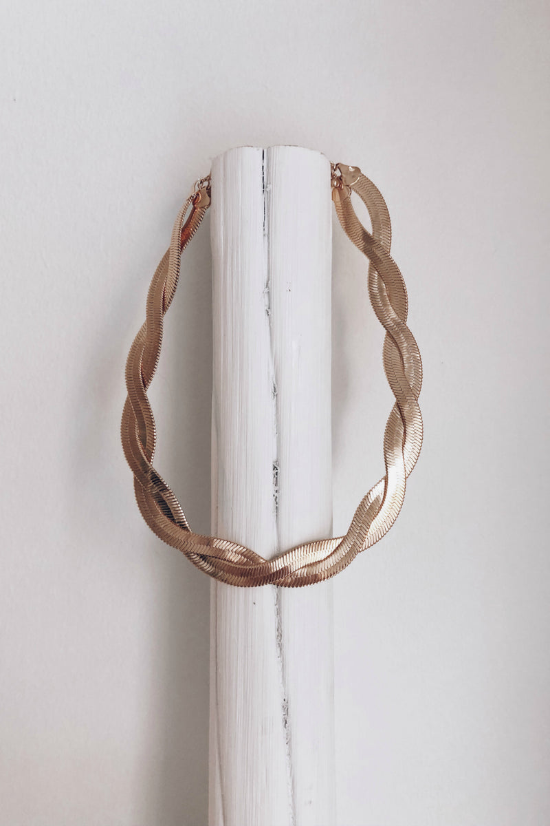 Miami Twisted Gold Herringbone Link Necklace