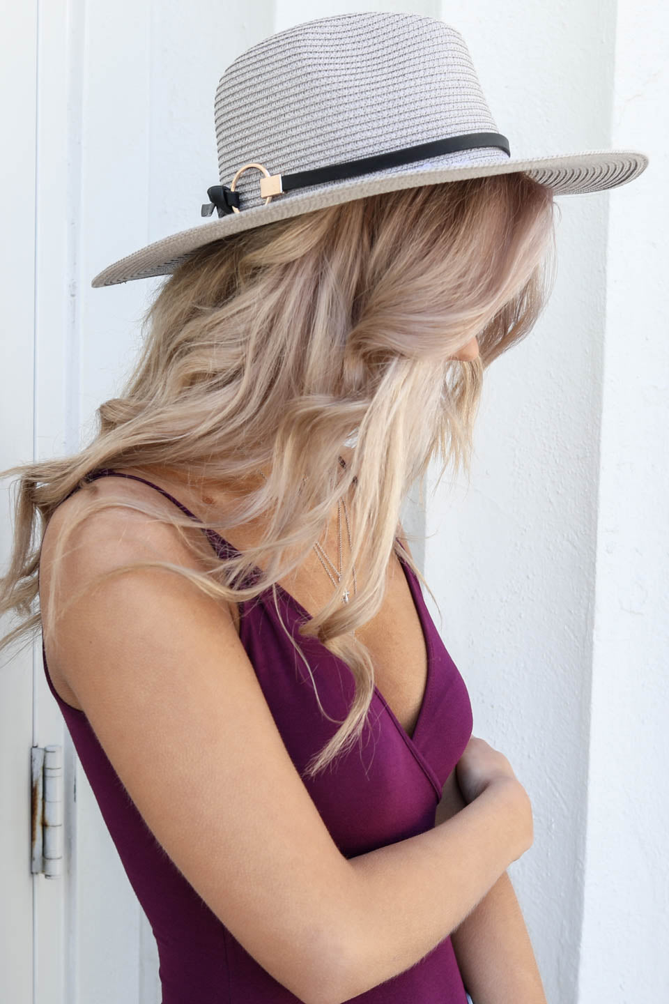 Gray Straw Hat With Gold Circle
