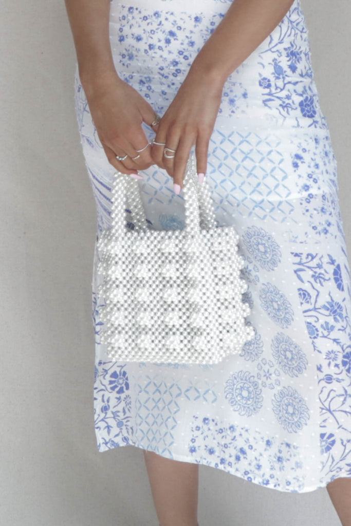 A Delight Pearl Purse