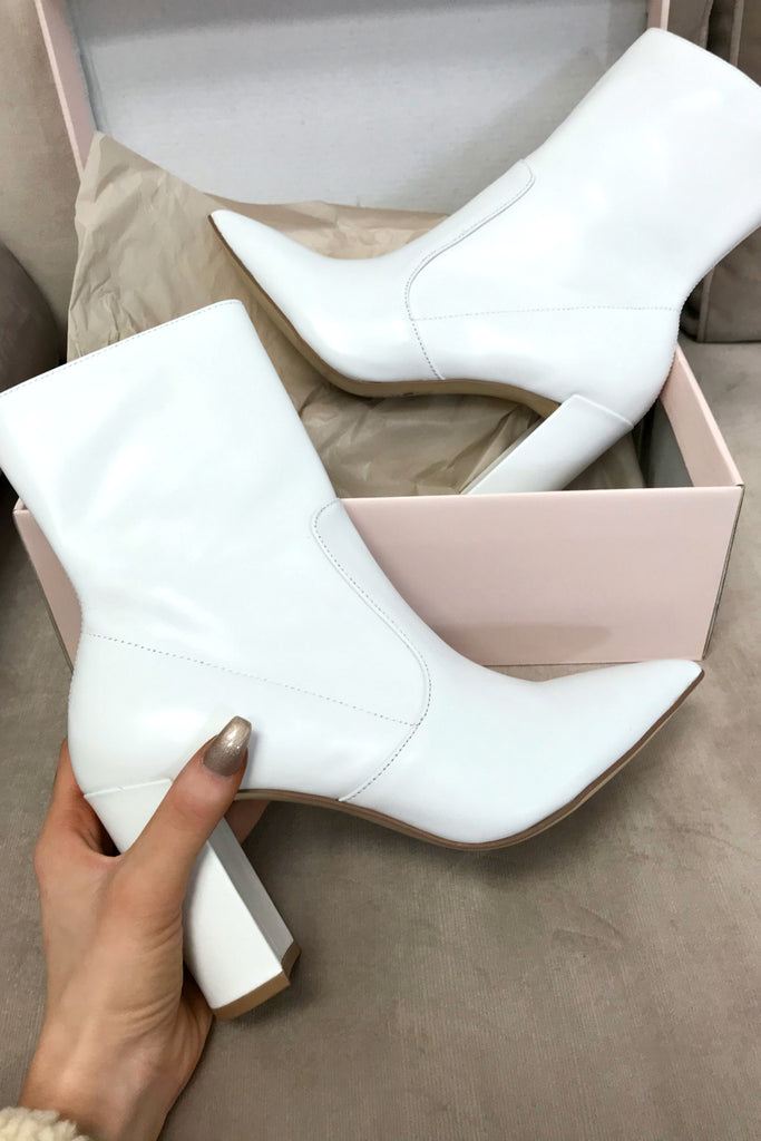 0687f8805d CHINESE LAUNDRY Radiant Smooth Leather Bootie – Amazing Lace