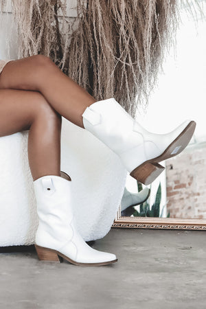 STIVALI Santa Monica Western Inspired Booties Ivory Leather
