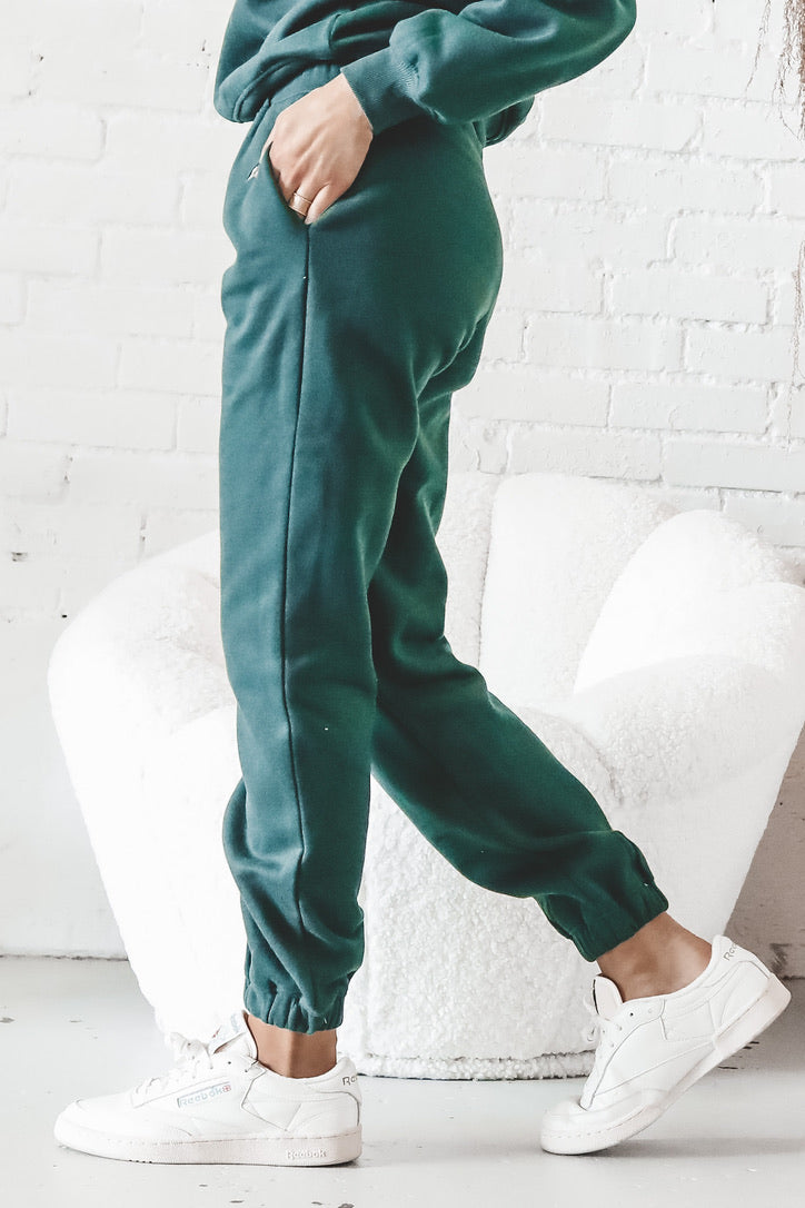 Athletes Table Green Joggers