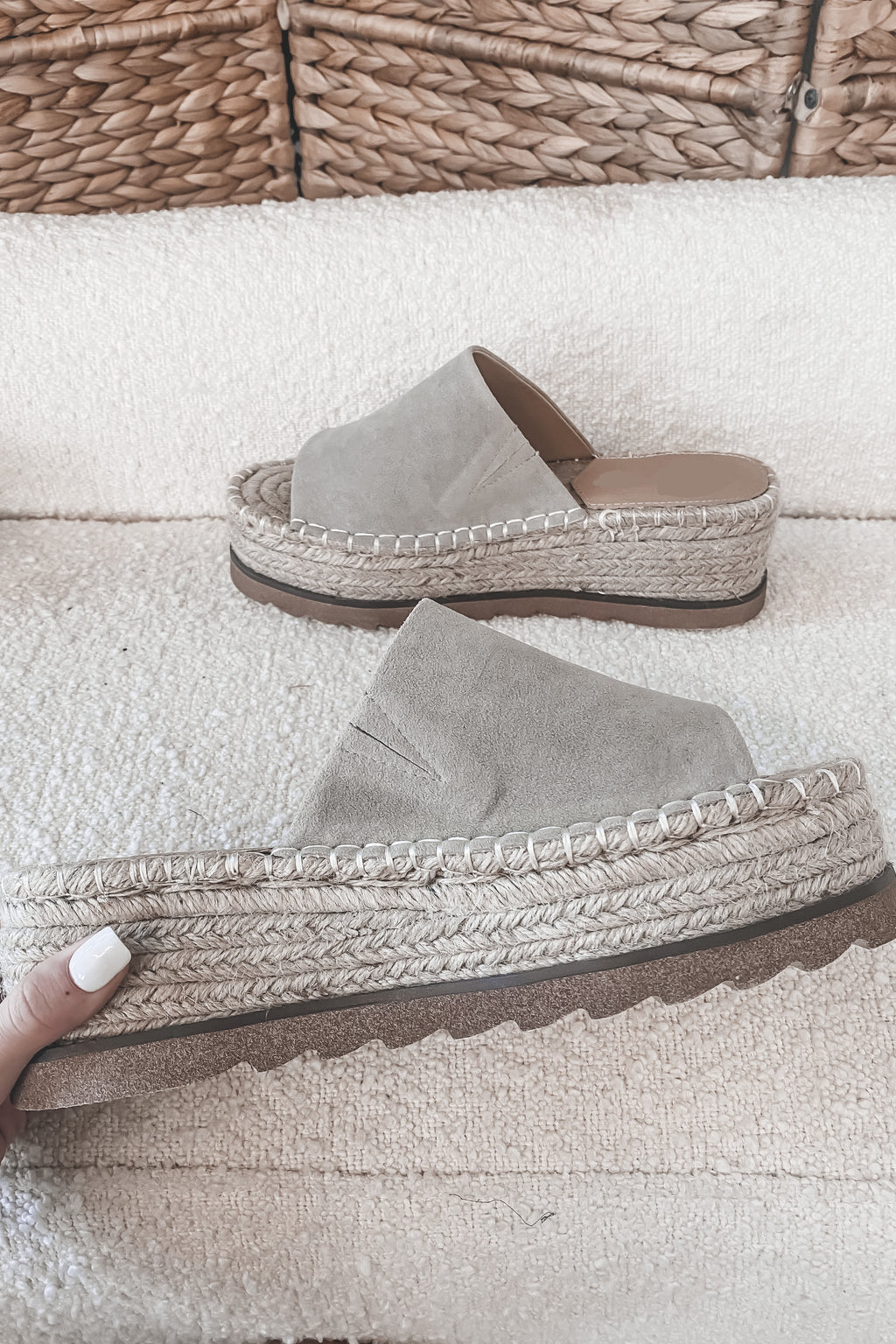 Woven Waves Gray Platform Slides
