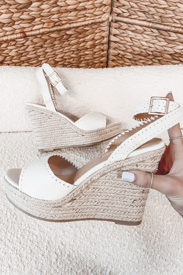 BILLINI Sasha White Linen Wedge