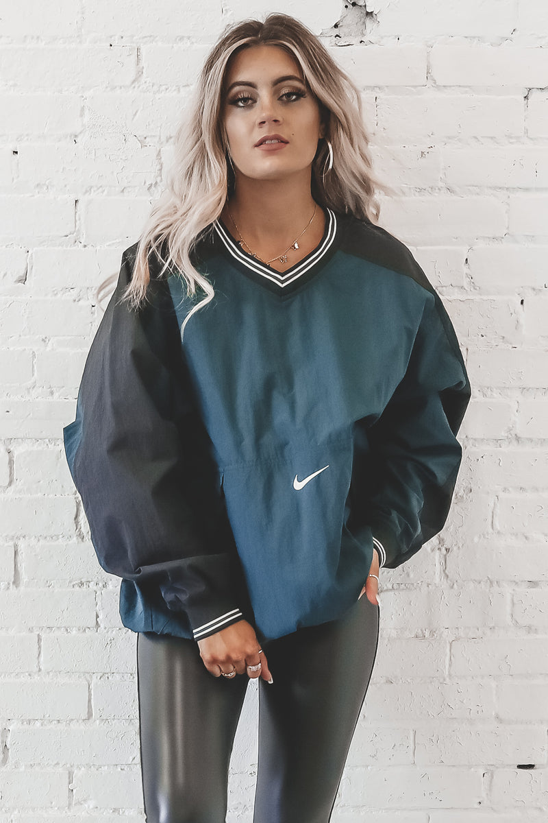 VINTAGE 90's Green And Black Nike Windbreaker