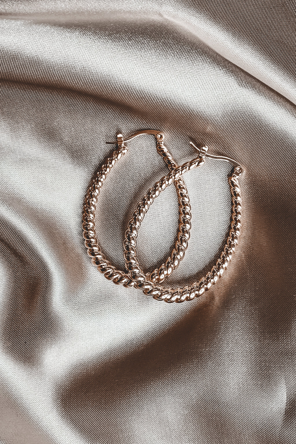 SAHIRA Tana 18K Gold Oval Earrings